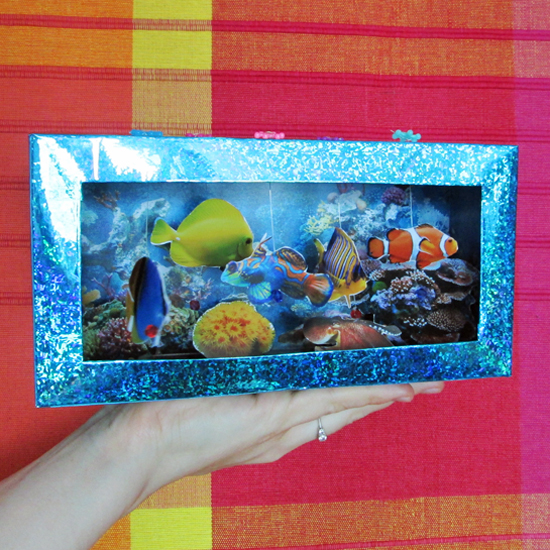 30 Shoe Box Craft Ideas: Tissue Box Aquarium
