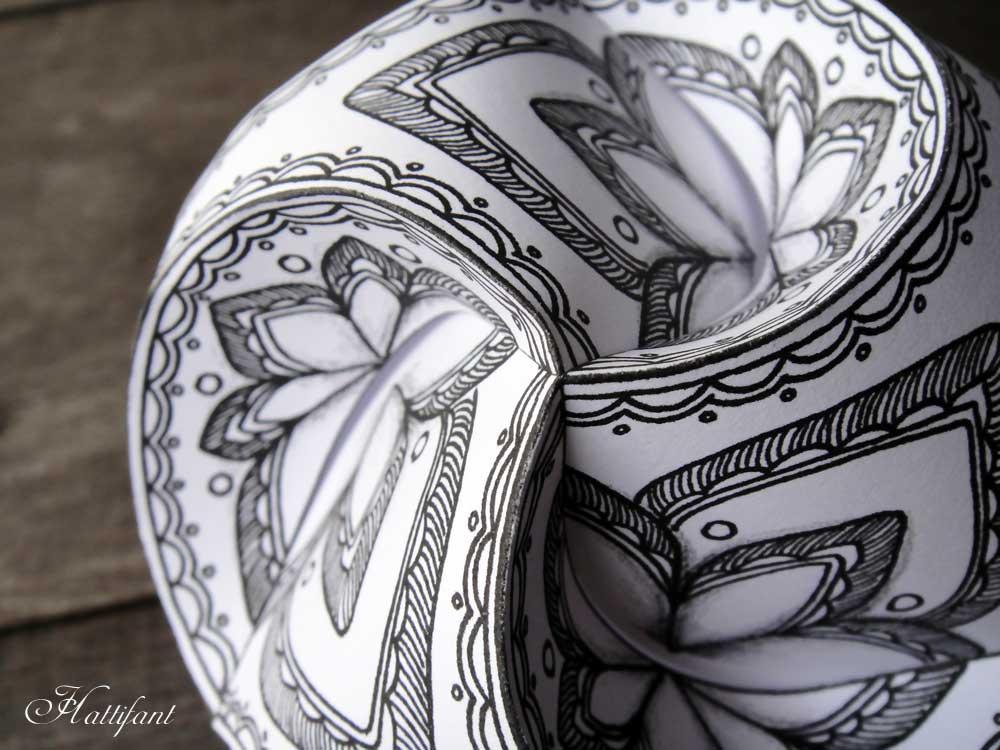 Hattifant - Triskele Paper Globes Paper Craft