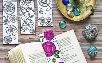 Hattifant's Flower Doodle Bookmarks to DIY and Color